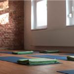Studio 108 mit Yogamatten in Pankow