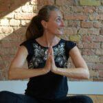 Judith im Yogastudio Pankow Studio108